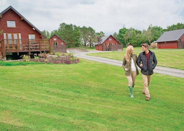 These comfortable one bedroom holiday lodges are set in extensive grounds near Dumfries